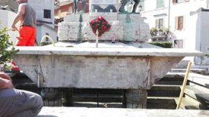 iscrizione vasca Monumento ai Caduti Ceccano 2